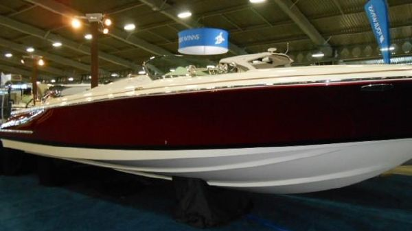 Chris-Craft Launch 30 LR