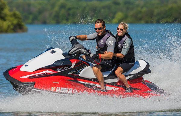 2018 Yamaha Boats Waverunner VX Cruiser