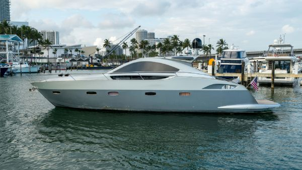 Prinz Yachts Coupe
