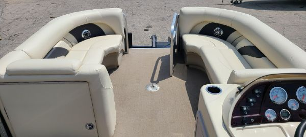 SunChaser Classic Cruise 8522 Lounger DH image