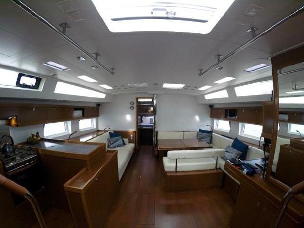 2014 Beneteau Oceanis-55 Broker Brokerage