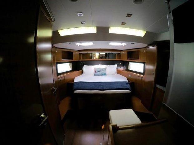 2014 Beneteau Oceanis-55 Broker Purchase
