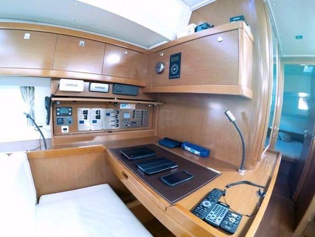 2014 Beneteau Oceanis-55 Broker Rhode Island
