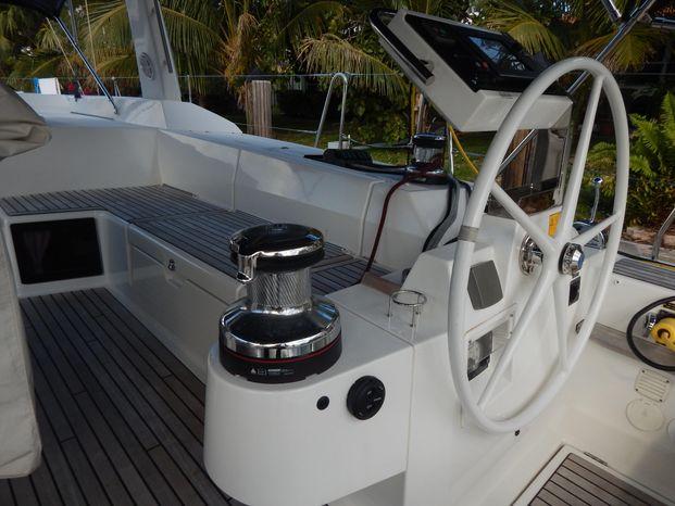 2014 Beneteau Oceanis-55 Broker Massachusetts