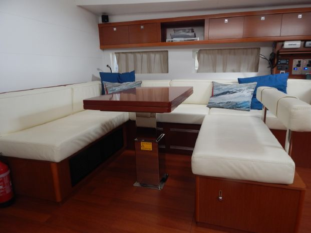 2014 Beneteau Oceanis-55 Buy Brokerage