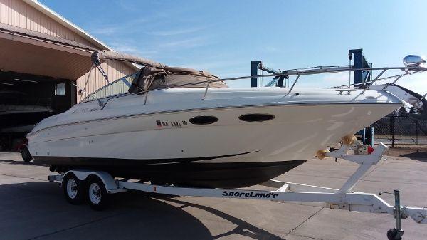 Sea Ray 280 Cuddy Cabin