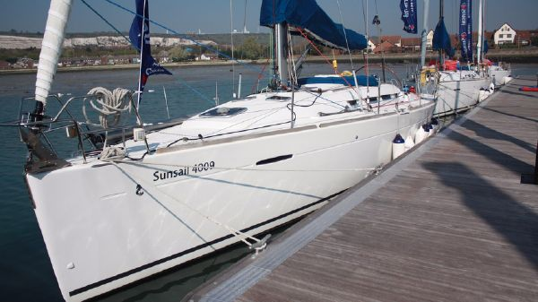 Beneteau First 40 Main Yacht View (1)