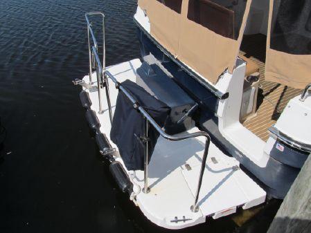 Ranger Tugs 31 Command Bridge image