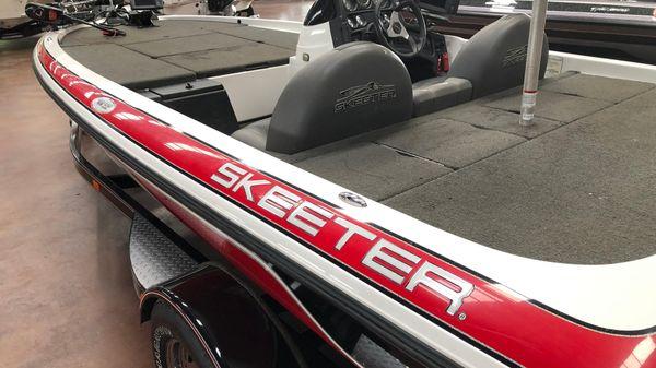 Skeeter TZX190