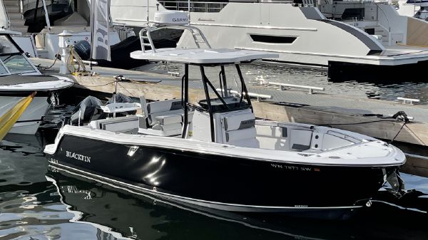 Blackfin 252 CC