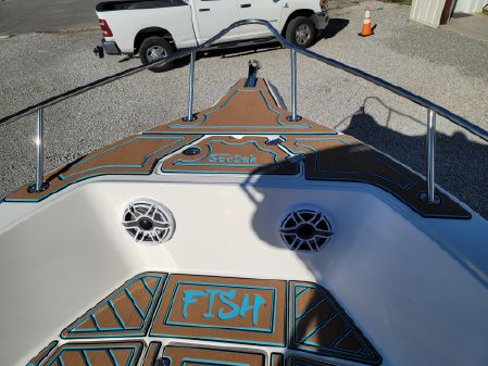 Key West 225 Center Console image