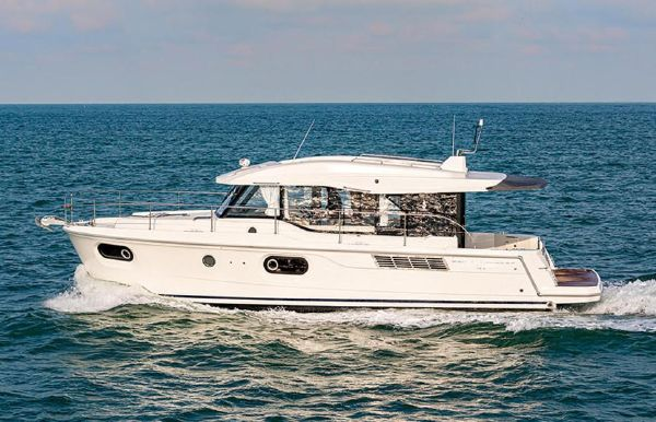 2020 Beneteau America Swift Trawler 41 Sedan