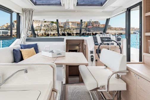Beneteau America Swift Trawler 41 Sedan image