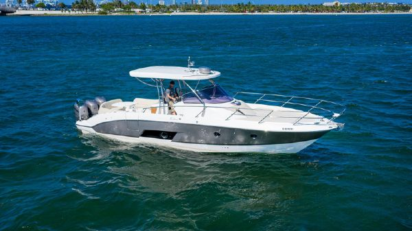 Sessa Marine Key Largo 36