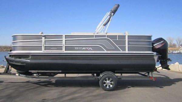 Ranger Reata 200F