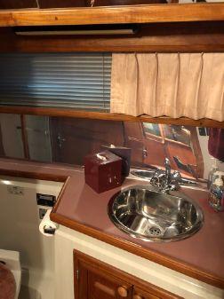 Carver 42 Aft Cabin Motoryacht image