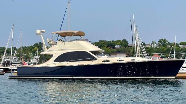 Palm Beach Motor Yachts PB55 Flybridge