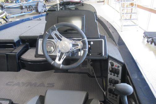 Caymas CX18 SS image