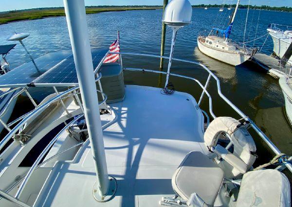 Mainship 390 image