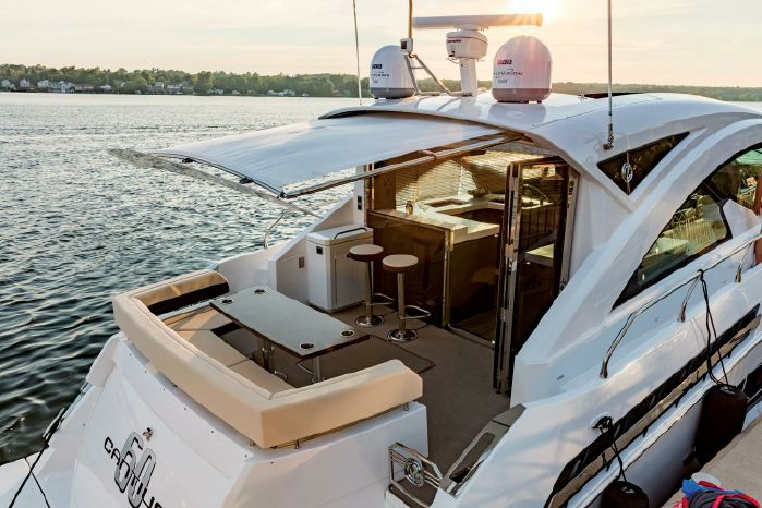 2019 Cruisers Yachts 60 Cantius Enroute to Staten Island