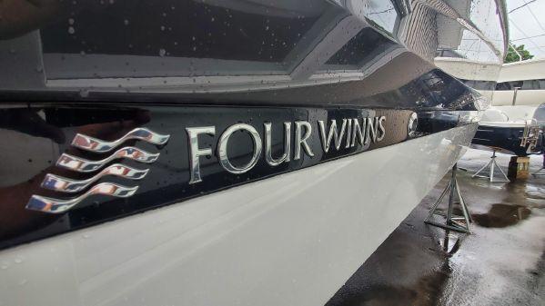 Four Winns Horizon 290 OB image