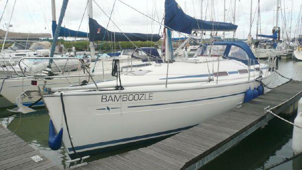 Bavaria 32 Cruiser Afloat