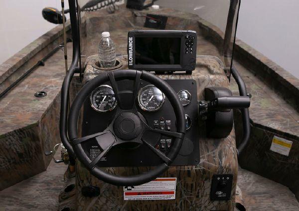 G3 Bay 18 DLX Camo image