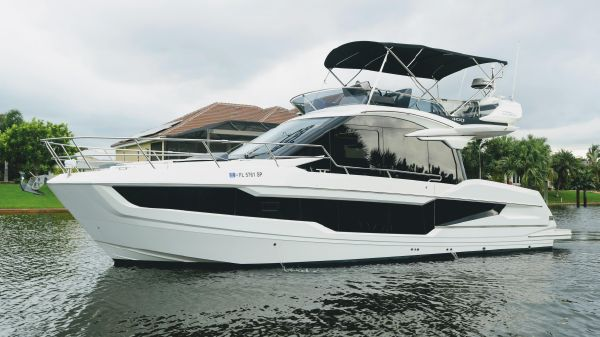 Galeon 400 FLY BRIDGE