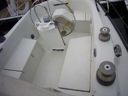 C&C 37 Performance Cruiser image