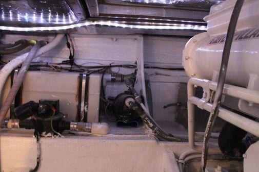 Blackfin 38 Flybridge CAT POWER image