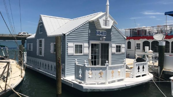 Custom 42' Cottage