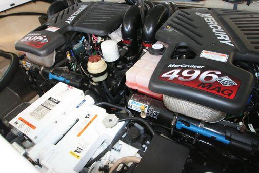Formula 330 Sun Sport image