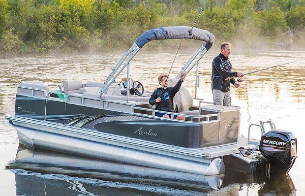 2019 Avalon Venture Rear Fish - 20'