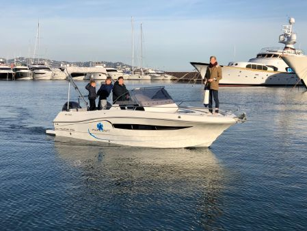 Pacific Craft 700 Sun Cruiser image