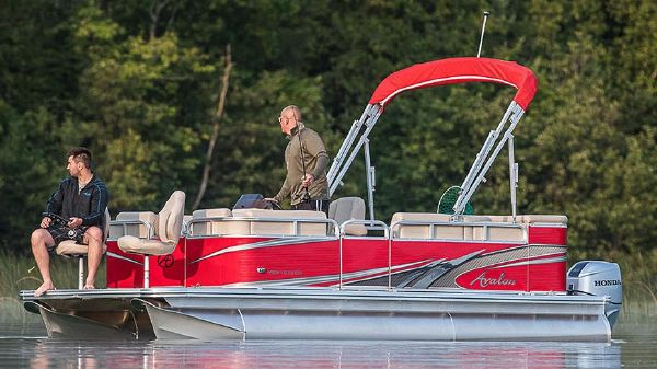 Avalon Venture Cruise Bow Fish - 18'