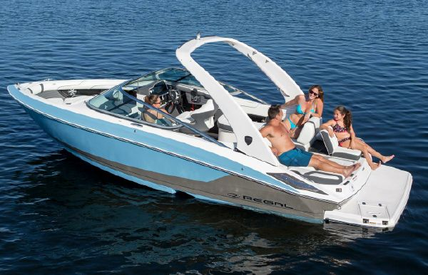 2018 Regal 2300 Bowrider