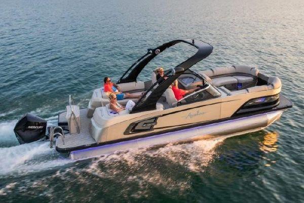 Avalon Excalibur Quad Lounge Windshield - 27' - main image