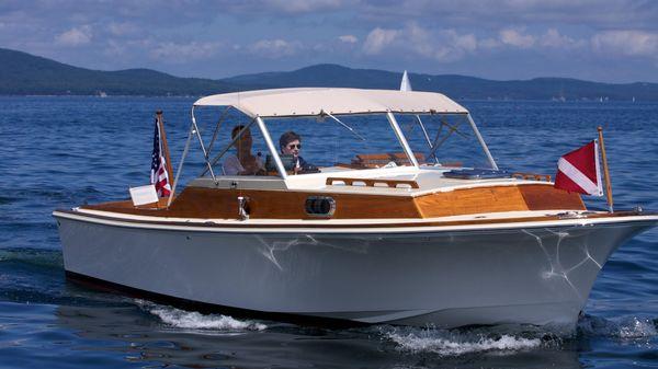 Hunt Yachts Jarvis Newman SH25 YS Custom Resto-Mod