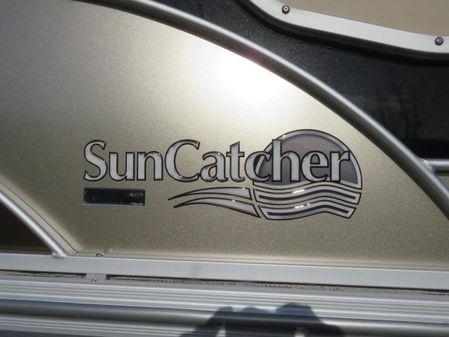 SunCatcher 322RC Pontoon On Order image