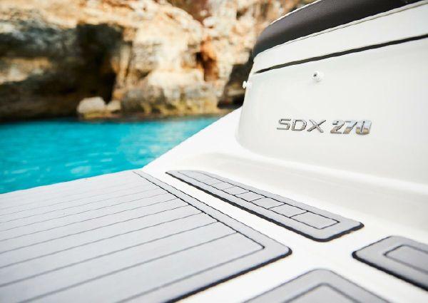 Sea Ray SDX 270 image