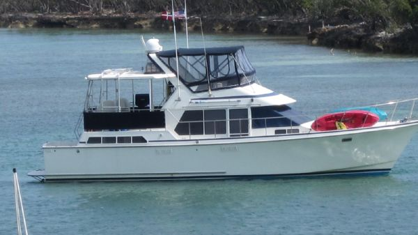 Tollycraft 44 Cockpit Motor Yacht