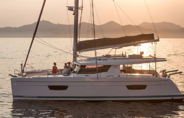 2018 Fountaine Pajot Helia 44 Evolution