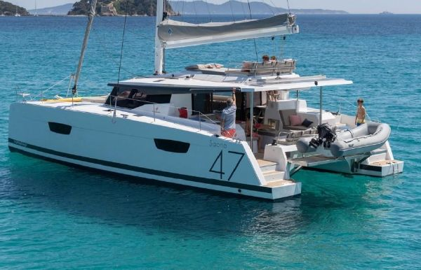 2019 Fountaine Pajot Saona 47
