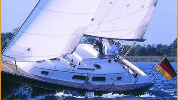 Hanse 312 Manufacturer Provided Image