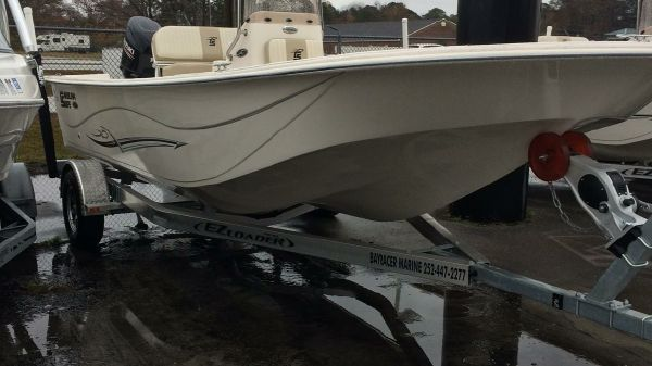 Carolina Skiff DLV 218
