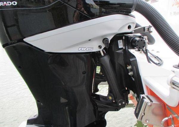 Donzi 38 ZFX Open image