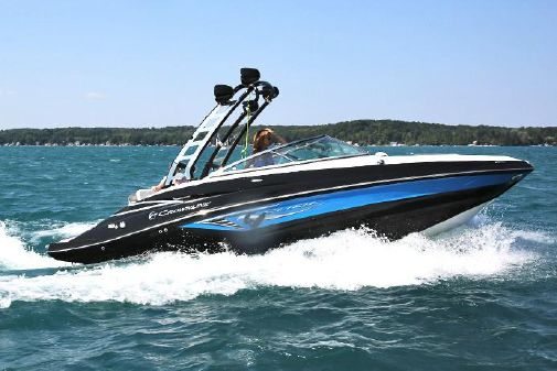 Crownline Eclipse E235 Surf image