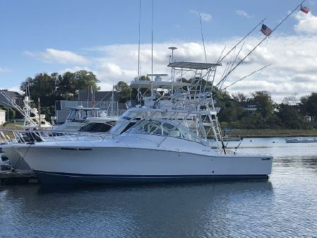 Luhrs 36 Open image