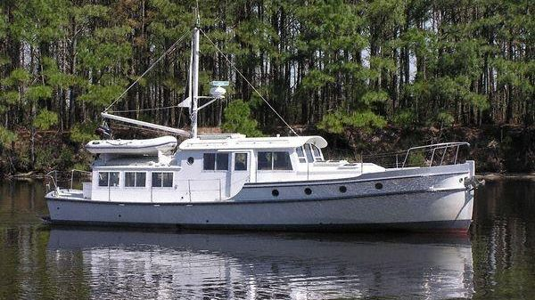 Covey Island Summer Kyle Ultra Shallow, Tunnel-driven Motorcruiser