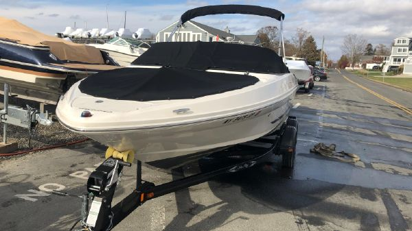 Sea Ray 205 Bow Rider